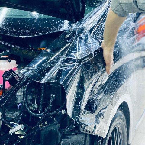 Оклейка зоны риска на Toyota Alphard