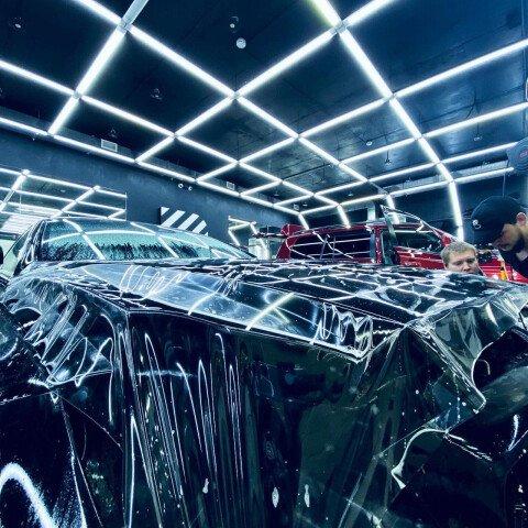 Оклейка зоны риска на Mercedes CLS 500