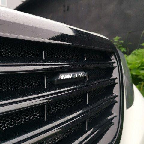 Антихром передней решетки на S63 AMG