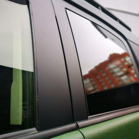 Оклейка в черный матовый винил дверных арок на FJ Cruiser