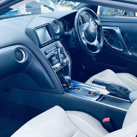 Детейлинг-химчистка Nissan GTR