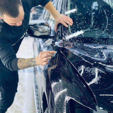 Процесс автоскраба автомобиля