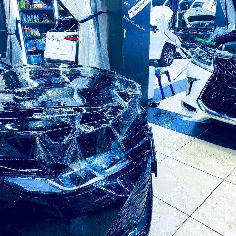 Оклейка зоны риска Toyota Camry