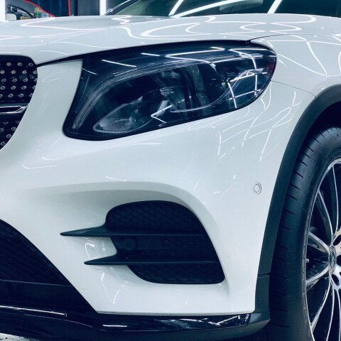 Оклейка зоны риска на Mercedes GLC + оптика в темный полиуретан